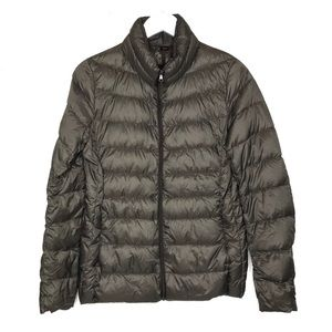 Uniqlo   Ultra Light Down Puffer Jacket Packable M